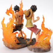 Figurine Luffy et Ace 2